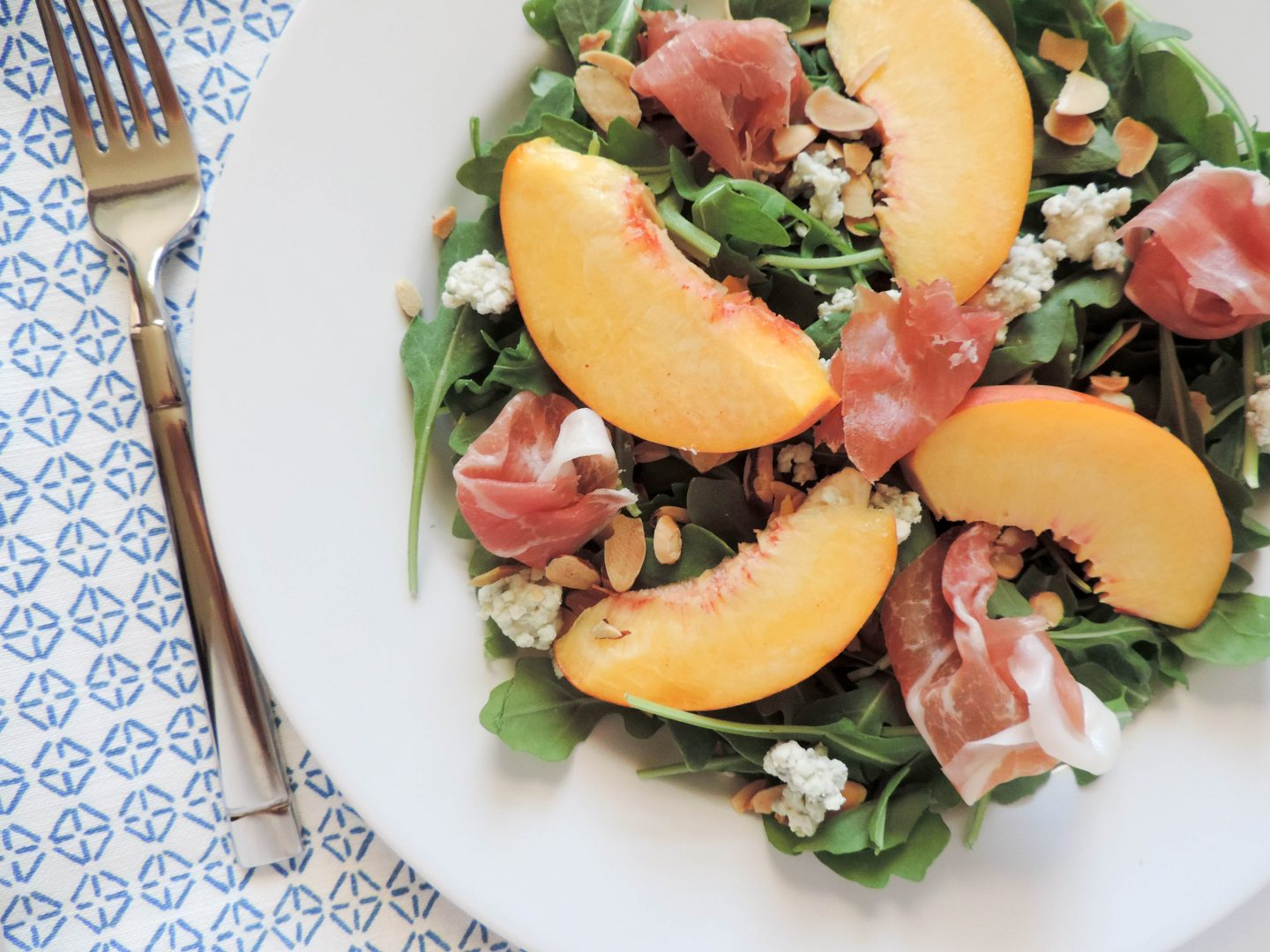 Peach and Prosciutto Arugula Salad