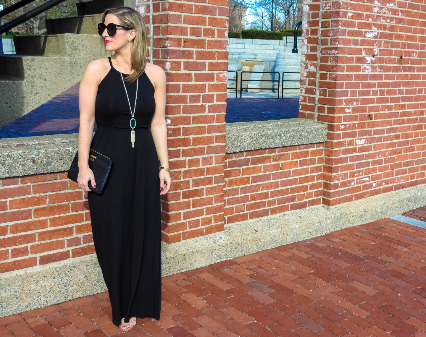 The Perfect Black Maxi & My Favorite Subscription Services