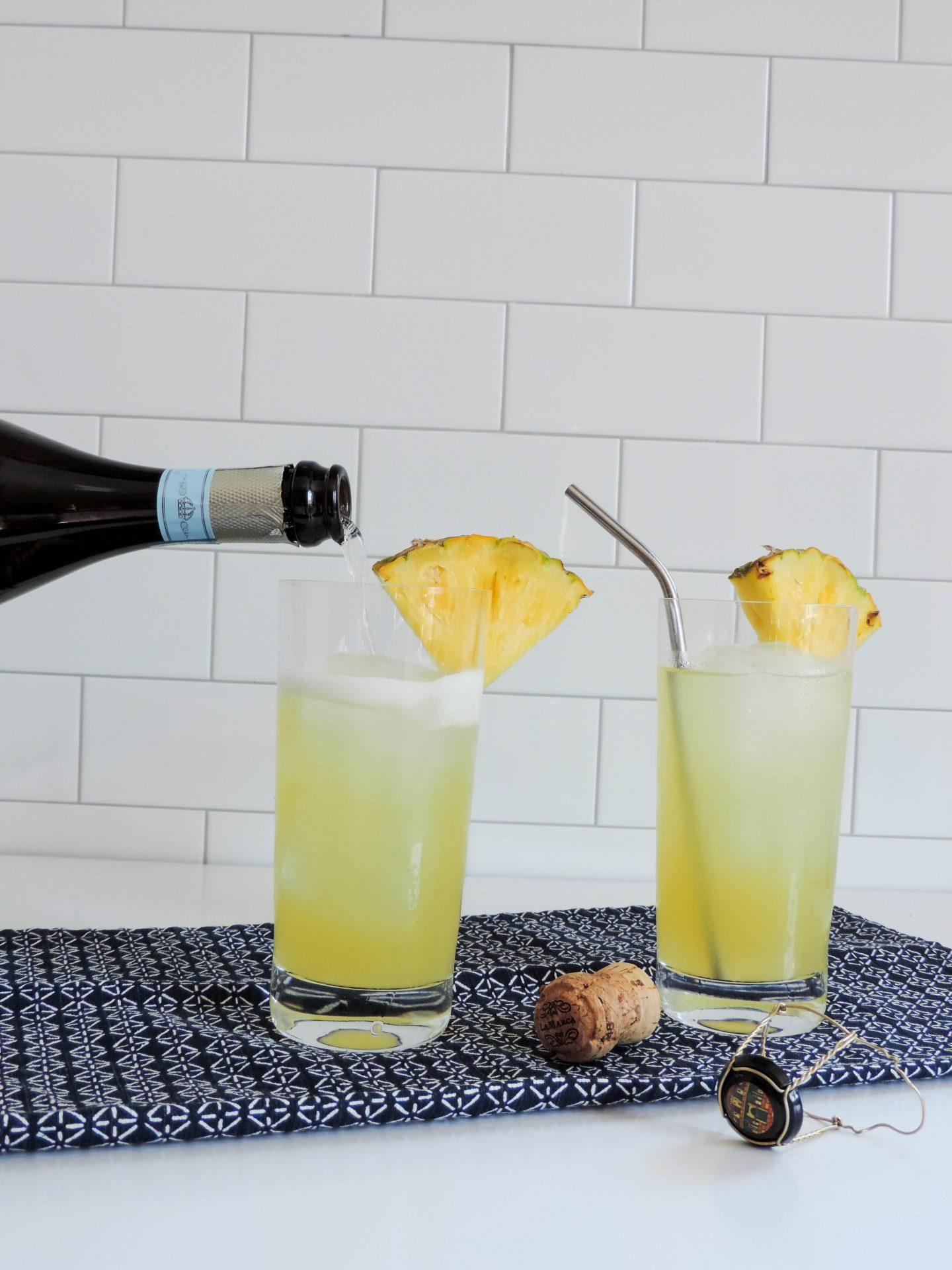 Sparking Pineapple & Vodka Cocktail