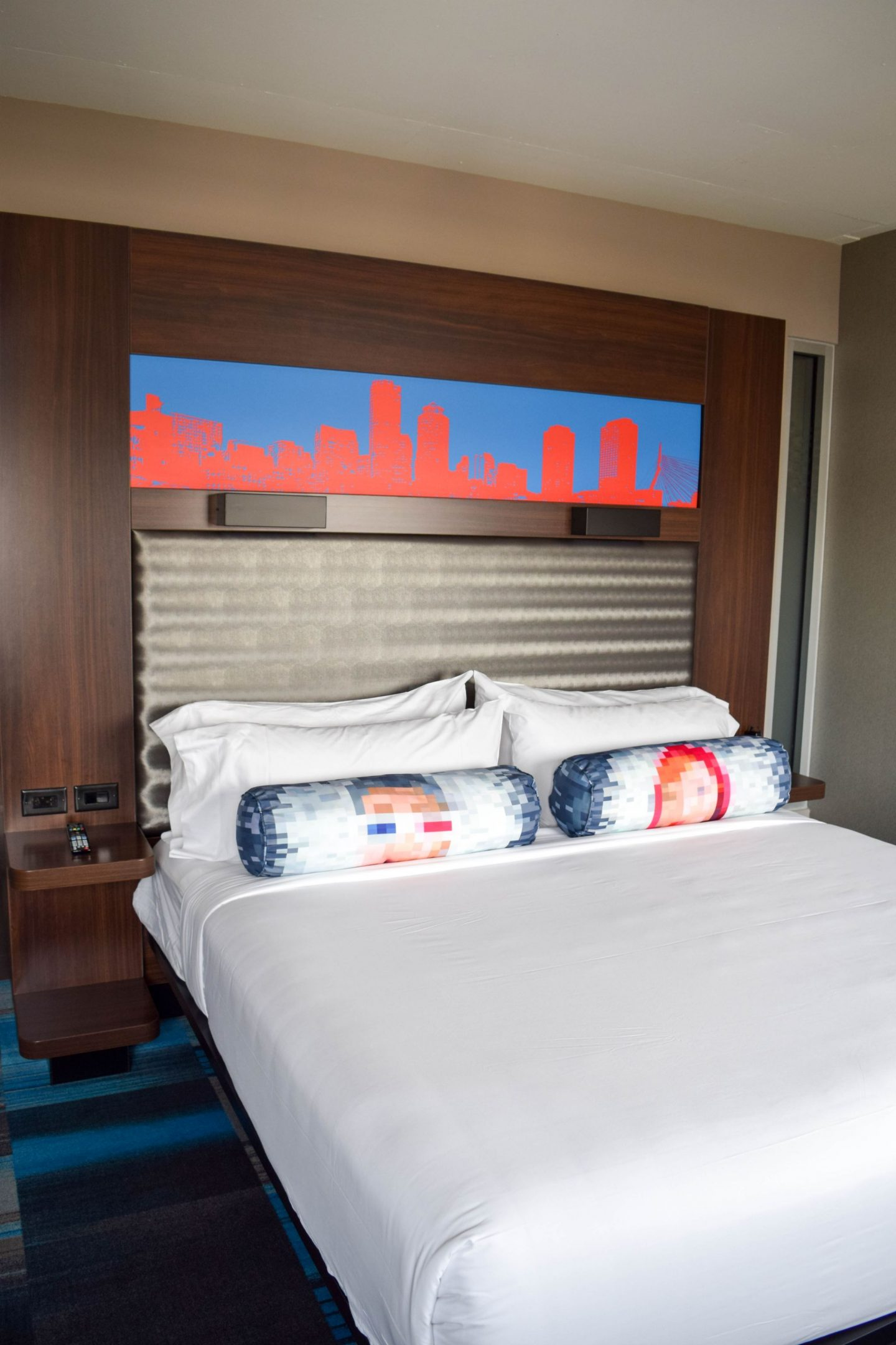 Boston Buzz: My Stay at Aloft Boston Seaport