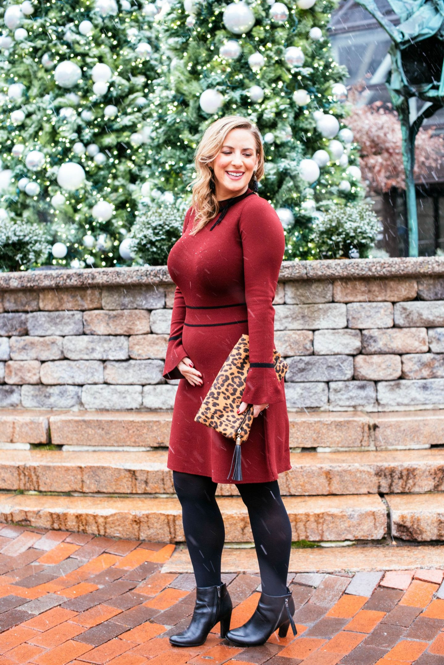 Draper James Sweater Dress (and a Baby Bump Sighting!)