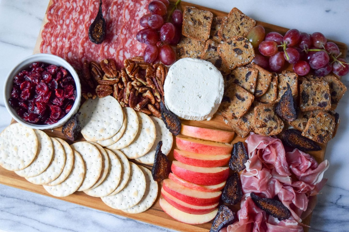 How To Create a #Goals Worthy Cheese Board With Boursin® Cheese